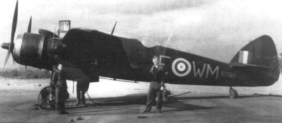 Beaufighter_Mk_IF_(X7583,_WM-E)_od_68__perut,_na_kterem_letal_i_Mansfeld